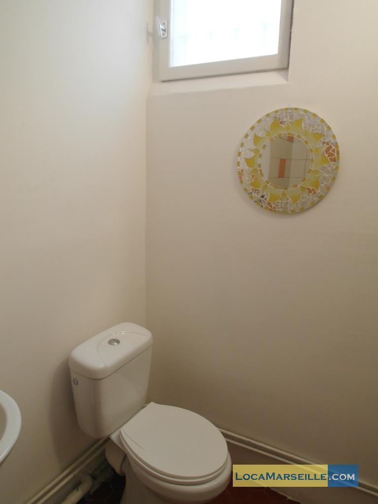 marseille location meubl e appartement type t2 terzo. Black Bedroom Furniture Sets. Home Design Ideas