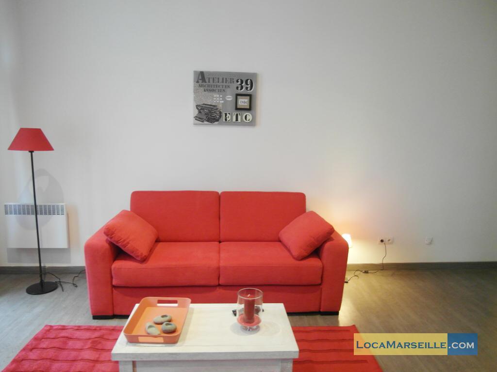 location meubl e marseille appartement type t1 studio studio red. Black Bedroom Furniture Sets. Home Design Ideas