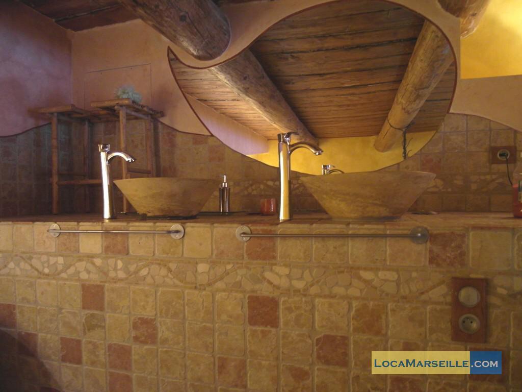 Location meubl e marseille loft type t3 loft vieux port for Location meublee