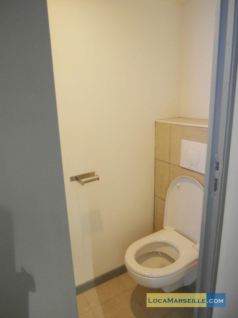 marseille location meubl e appartement type t2 kitchou. Black Bedroom Furniture Sets. Home Design Ideas