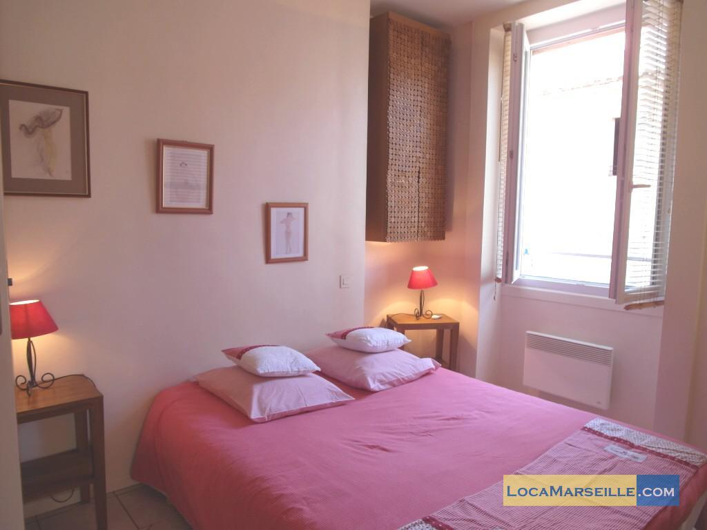 #A36828 Marseille Location Meublée Appartement Type T2 Petit Opera 3351 tres petite chambre à coucher 1024x768 px @ aertt.com