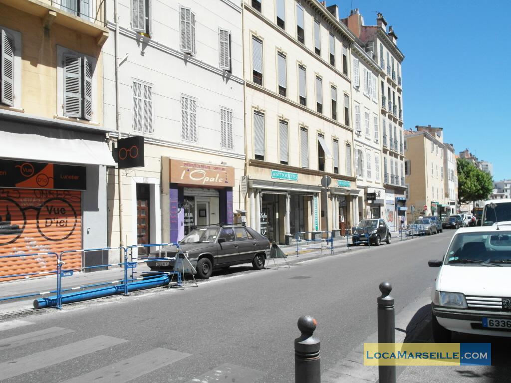 Marseille location meubl e appartement type t2 palm garden for Location appartement design marseille
