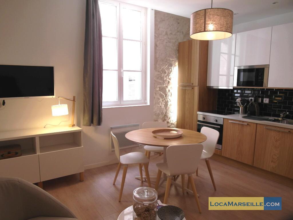 Location meubl e marseille appartement type t3 panier city for Salle a manger 1920