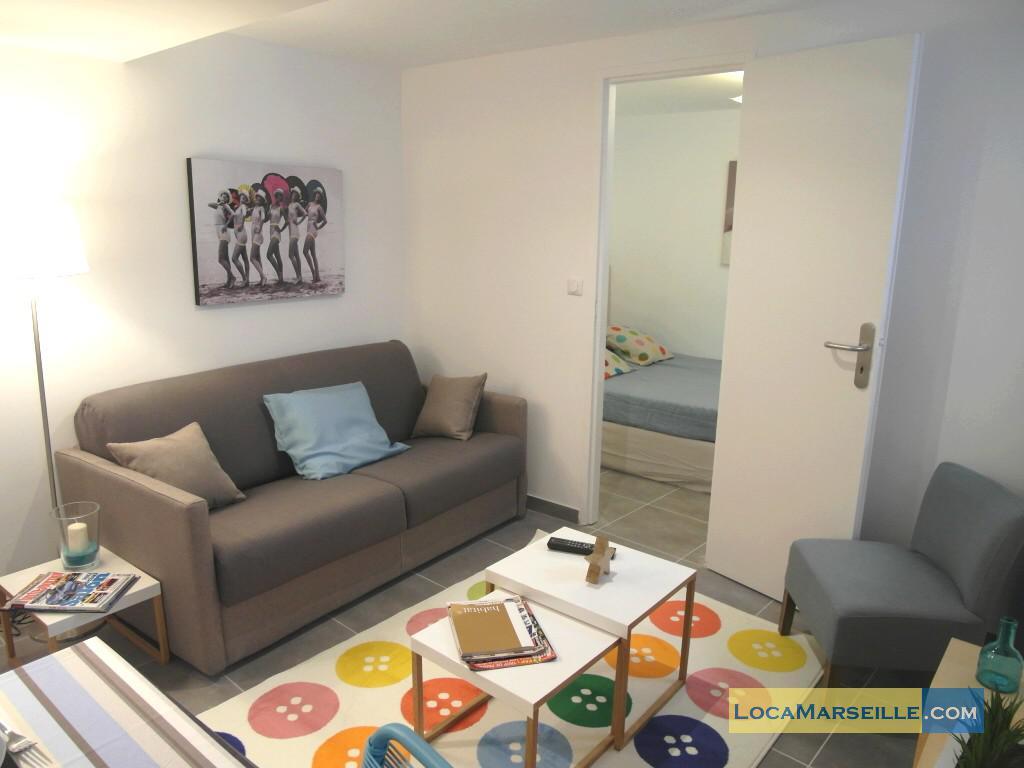 Location meubl e marseille appartement type t2 etienne for Location appartement design marseille