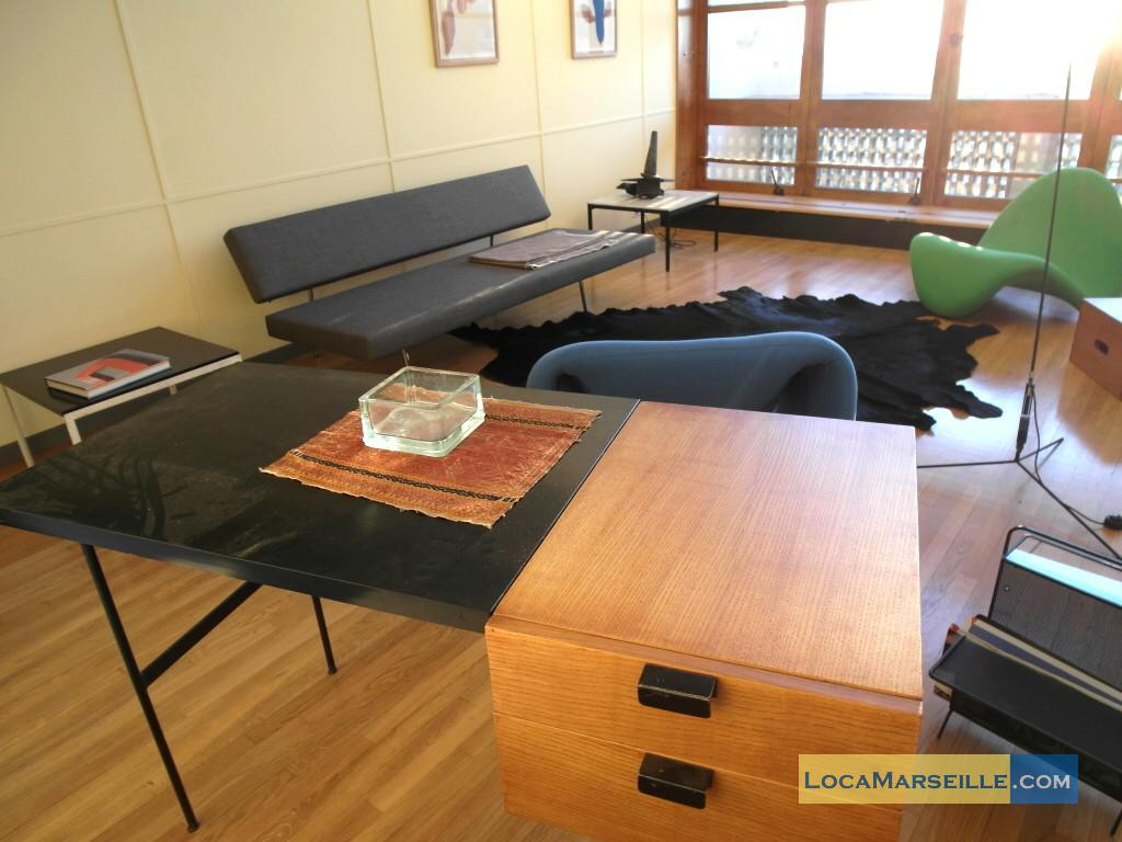 location meubl e marseille duplex type t3 le corbusier. Black Bedroom Furniture Sets. Home Design Ideas