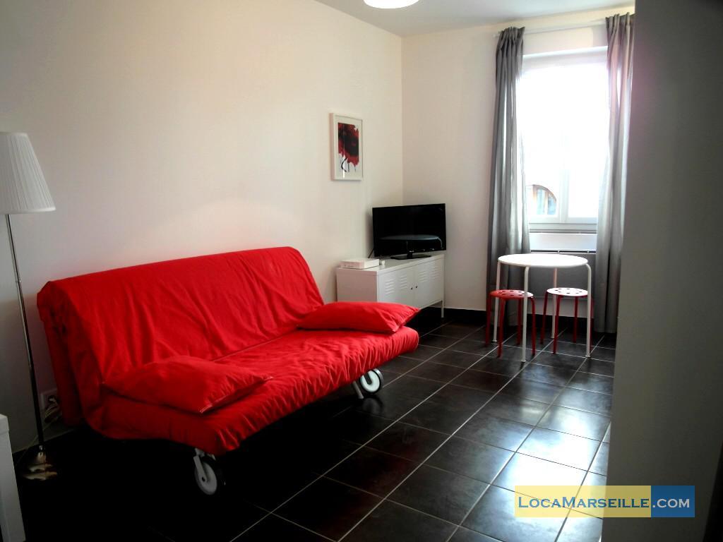 marseille location meubl e appartement type t1 etudiant studio studio rostand. Black Bedroom Furniture Sets. Home Design Ideas