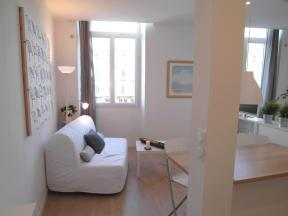 Appartement Bord de Place - T1 studio