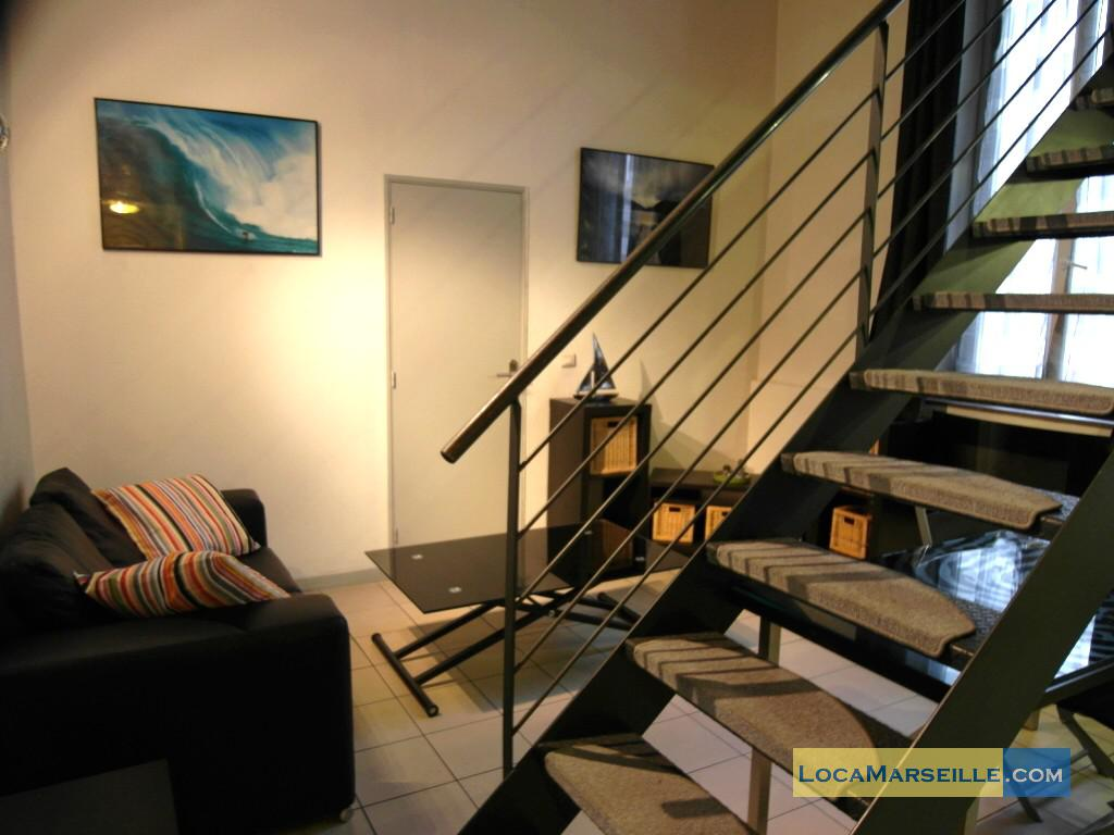 Marseille location meubl e appartement type t2 duplex barnabe for Location appartement design marseille