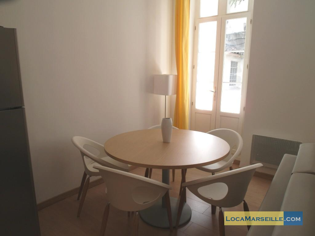 Location meubl e marseille appartement type t3 senac duplex for Salle a manger 1920