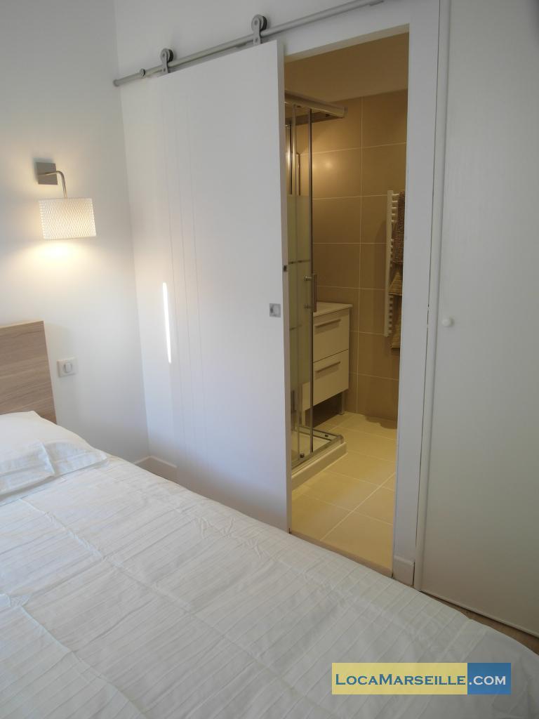 location meubl e marseille appartement type t2 palud 4d. Black Bedroom Furniture Sets. Home Design Ideas