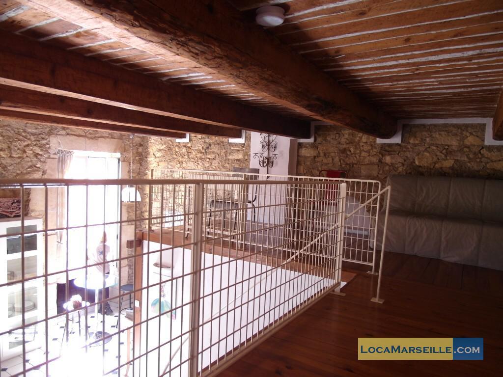Marseille location meubl e appartement type t2 duplex notre dame - Kind mezzanine kantoor ...