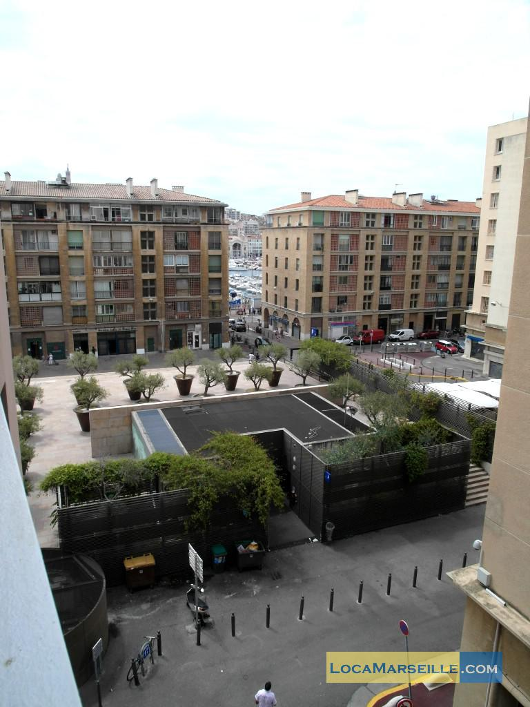 Location meubl e marseille appartement type t2 balcon des for T2 marseille