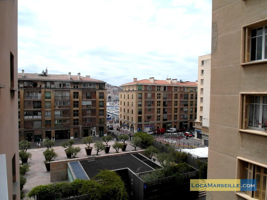 Location meubl e marseille appartement type t2 balcon des for Location appartement design marseille