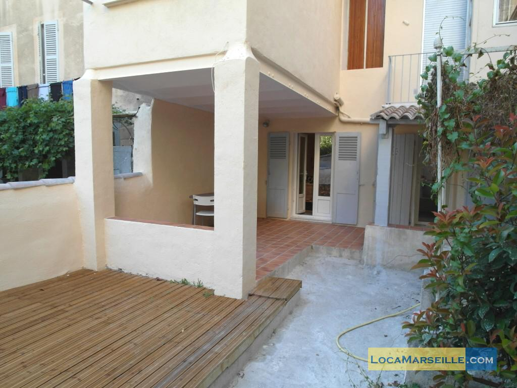 Marseille location meubl e appartement type t1 studio un - Location appartement avec jardin marseille ...