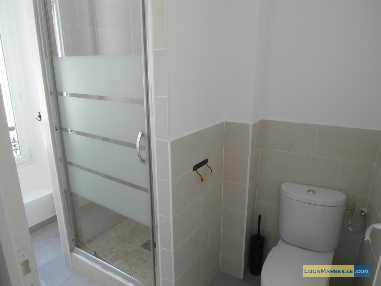 location studio meubl marseille castellane. Black Bedroom Furniture Sets. Home Design Ideas
