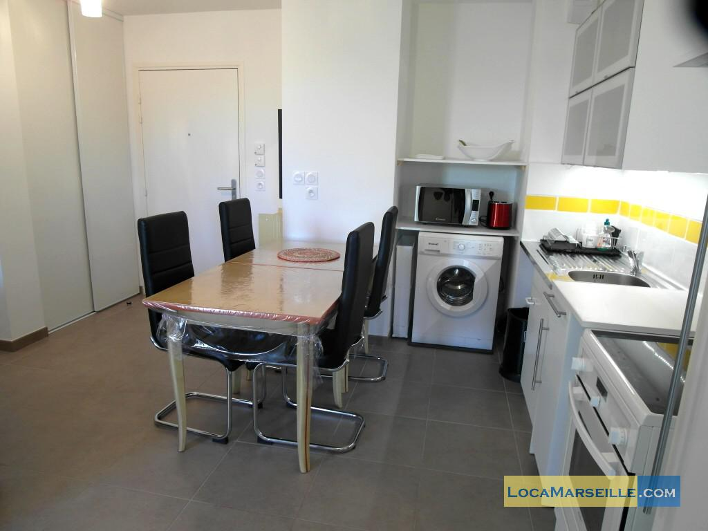 Location appartement meubl marseille borely avec terrasse for Location studio meuble marseille