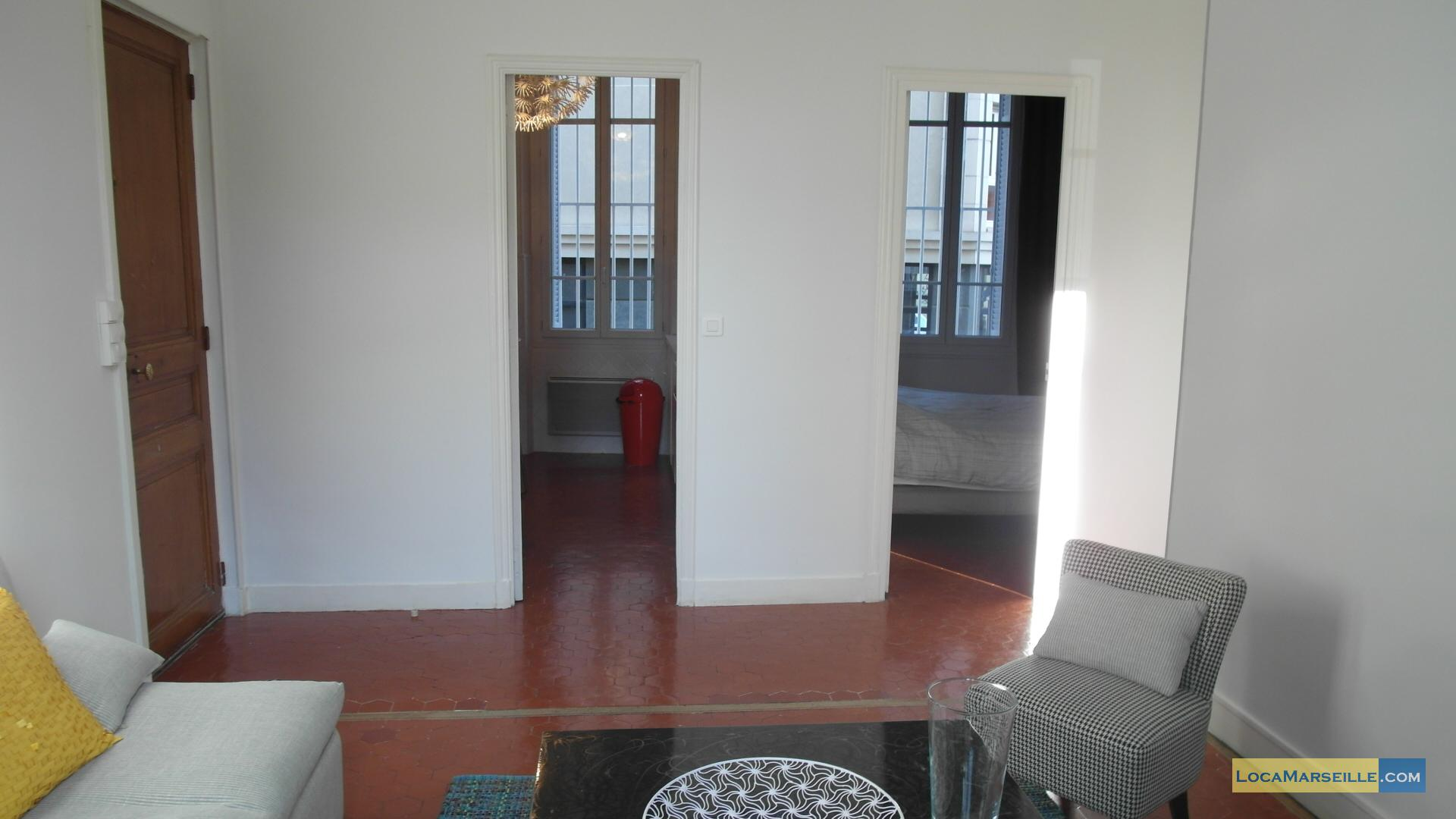 Location meubl e marseille proche du prado et de castellane for Location appartement design