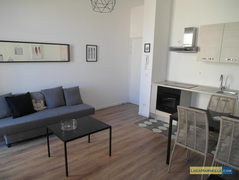 appartement meubl 2 pi ces marseille canebi re. Black Bedroom Furniture Sets. Home Design Ideas